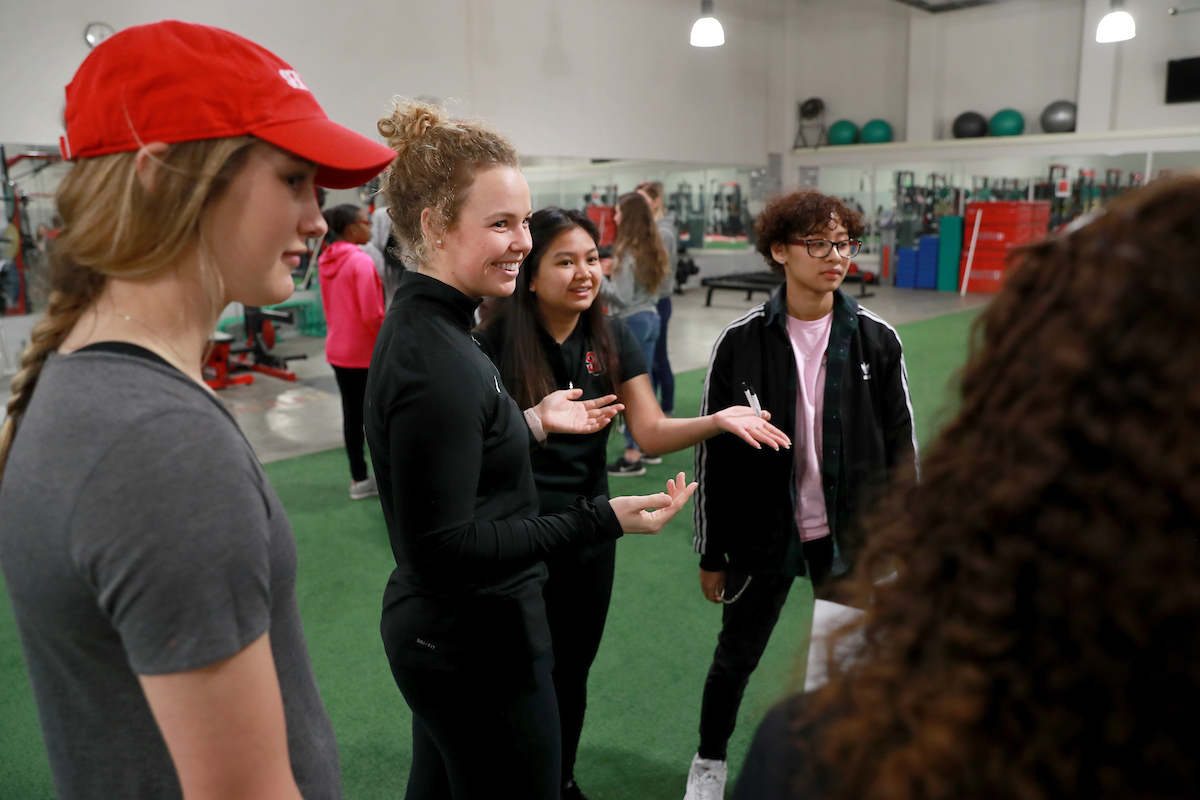 Student talk during demonstration at 2019 Kinesiology Biomechanics Fair