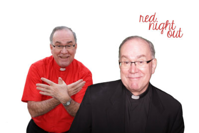 Father Steve taking a photo with a digitalized version of himself in a photo booth