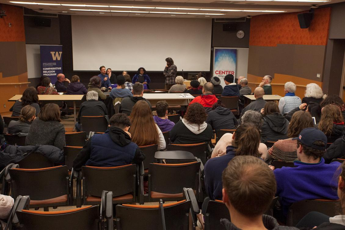Audience discussion with panelists, Paul Blankenship and Manuel Mejido at Wounds of Love event, January 2019