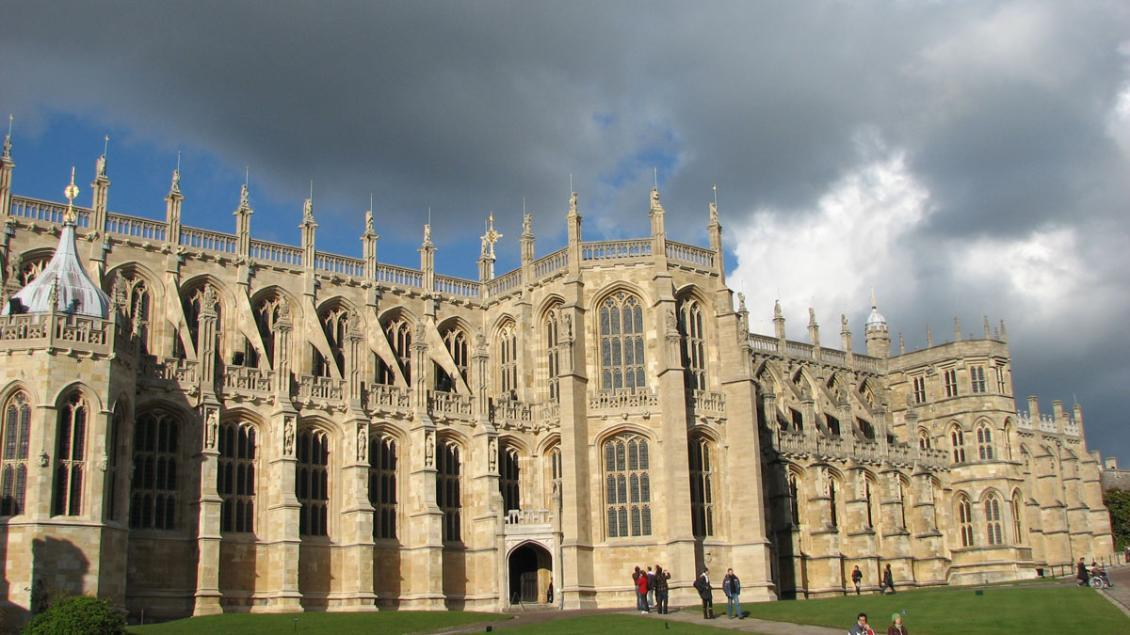 St_Georges_Chapel_Windsor_01-by-Cristian-Bortes-1200px